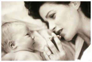 madre-figlio-donare-vita
