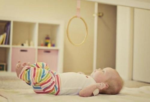 60-attivita.Montessori-per-il-mio-bebe-crescere-leggendo